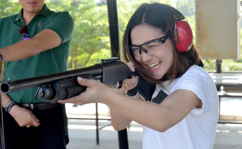 นักยิงปืน